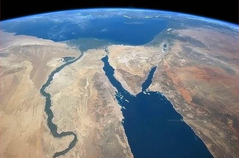 Земля из космоса (13 фото)