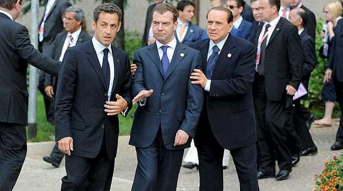 Встретились на саммите Медведев, Саркози и Обама