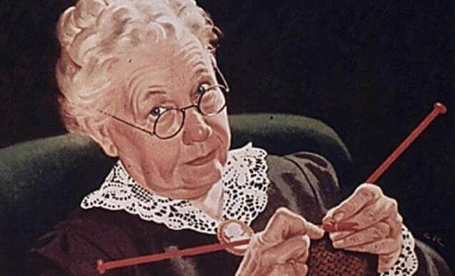 Умирающая бабушка зовет внучку и говорит