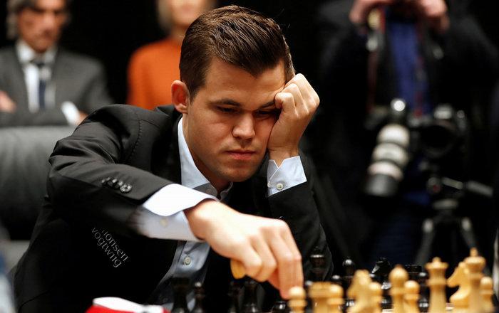 Чемпион мира по шахматам Магнус Карлсен 2020