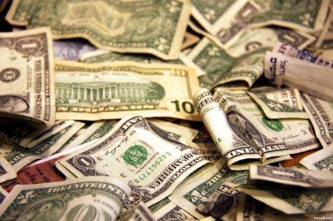 Я вот помню, когда доллар был совсем маленьким
