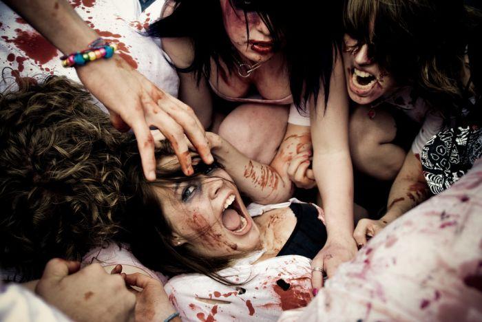 Девушки-зомби (48 фотографий)