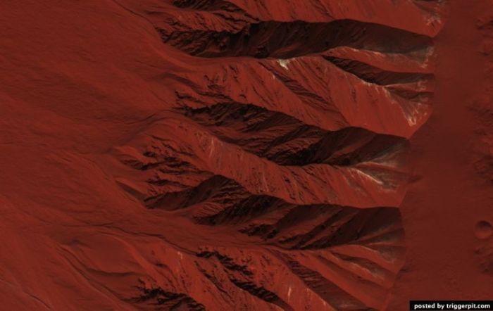 Сенсация! Фотография воды на Марсе, сделанная 2 часа назад!!!