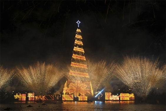 Необычные рождественские елки