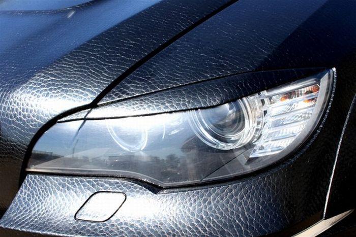 Кожаный BMW X6 в Москве (7 фотографий)