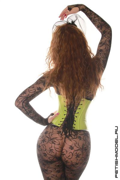 Летняя коллекция клубных лаковых корсетов от Агны Деви на сногсшибательных моделях!!! (36 фотографий)