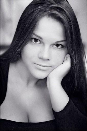 Мария Зарринг - 12 размер бюста (18 фотографий)