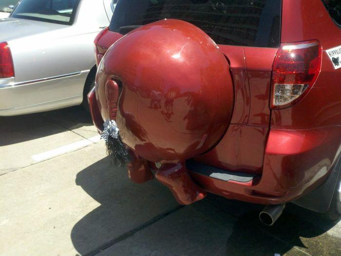 Машина-бегемот (4 фотографии)