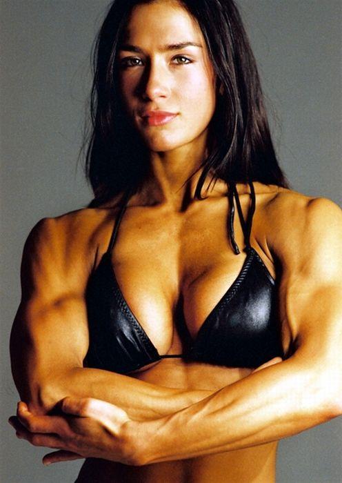 фото девушек мускулистых