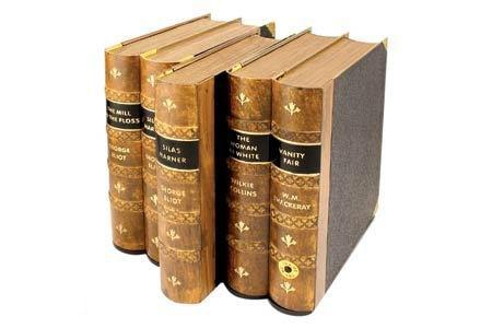 5 Непростые книги (17 фотографий)