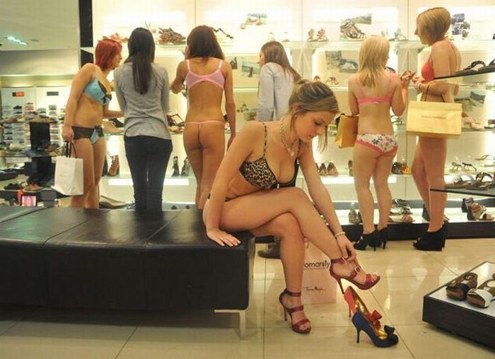 Торговый центр раздел 100 девушек (10 фотографий)