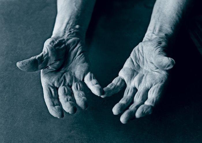 Покажите свои руки (12 фотографий)