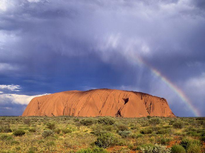 Удивительная скала в Австралии (18 фотографий)