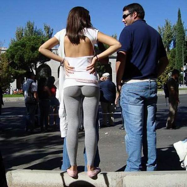 жопа у женщины в брюках фото видео