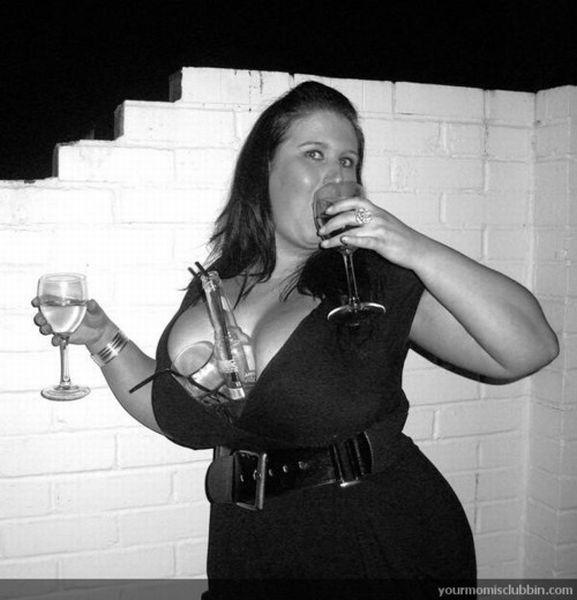 Девушки в ночных клубах (124 фотографии)