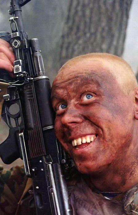 Ведь, у военных всегда было чувство юмора и масса веселых.