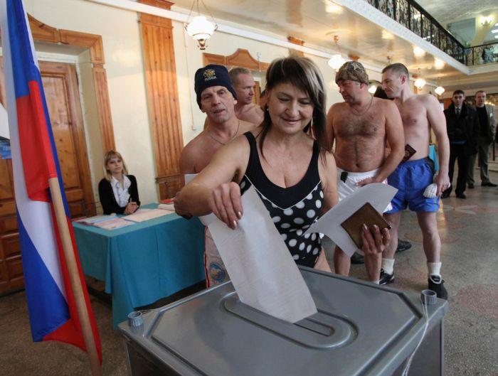 Выборы в России глазами иностранцев (32 фотографии)