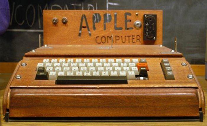 Эволюция продуктов компании Apple (45 фотографий)