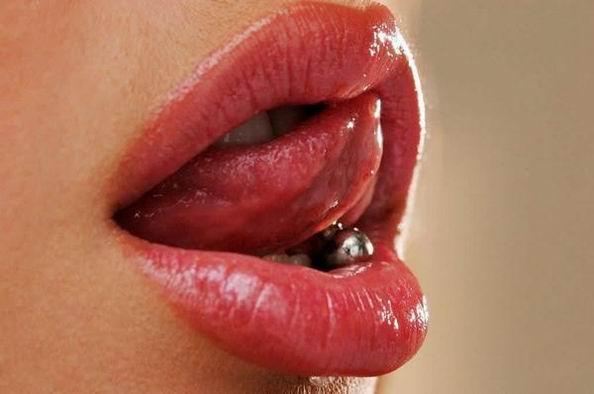 Обворожительные женские губки