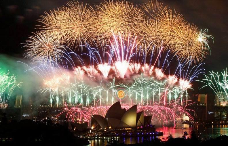 Новый год в разных странах (39 фотографий)