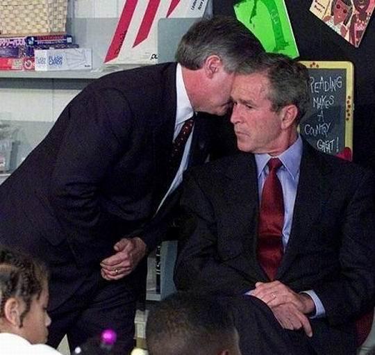 Момент, когда Бушу сказали о катастрофе 11 сентября