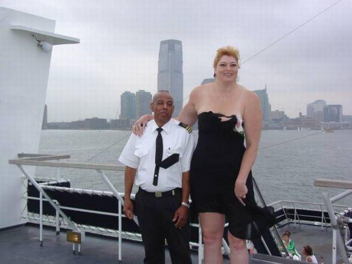Самые высокие девушки мира (50 фотографий)