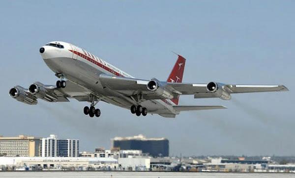 Пассажирский самолет бройлер 747 терпит крушение