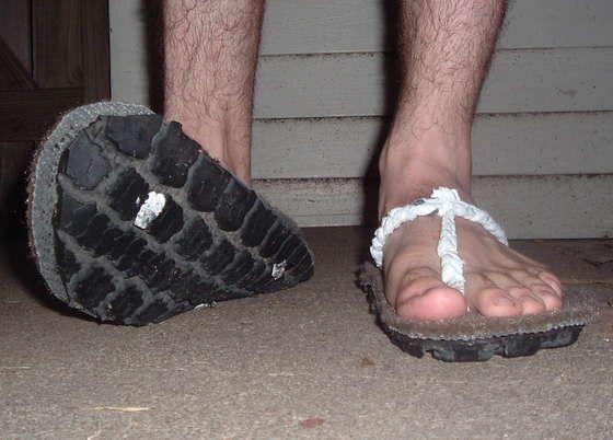 Антикризисная обувь (14 фото)