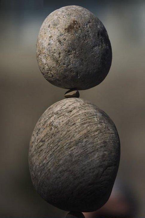 Соревнования по балансировке камней (5 фото)