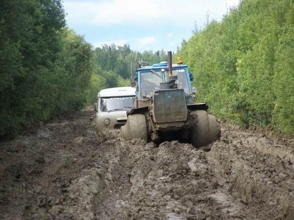 Дорога нефтянников к месторождению (47 фотографий)