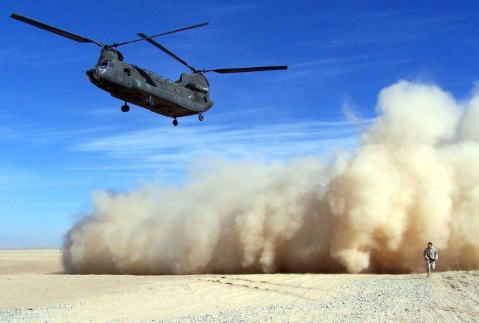 Двухвинтовой вертолет в действии (21 фотография)
