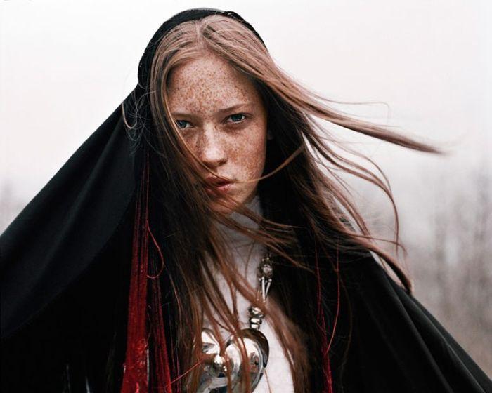 Красивые фотографии женщин (131 фотография): http://jokesland.net.ru/fotografii_zhenshhin.html