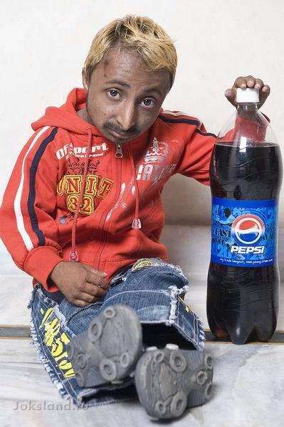 Самый маленький культурист в мире - Aditya Romeo (13 фотографий)