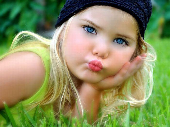 Маленькая кукла (34 фотографии)