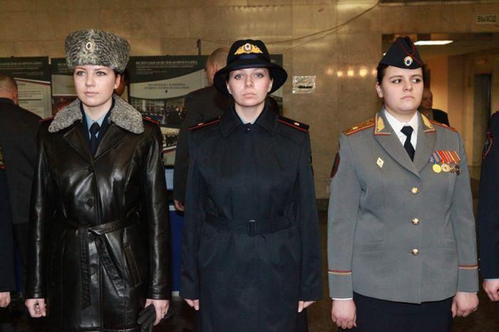 Новая форма полицейских (7 фотографий)