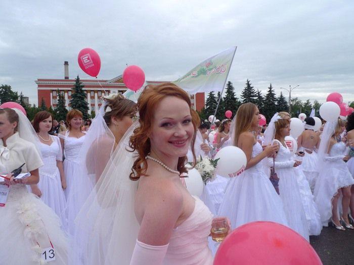 Веселости про парад невест и парни любят хозяйственных