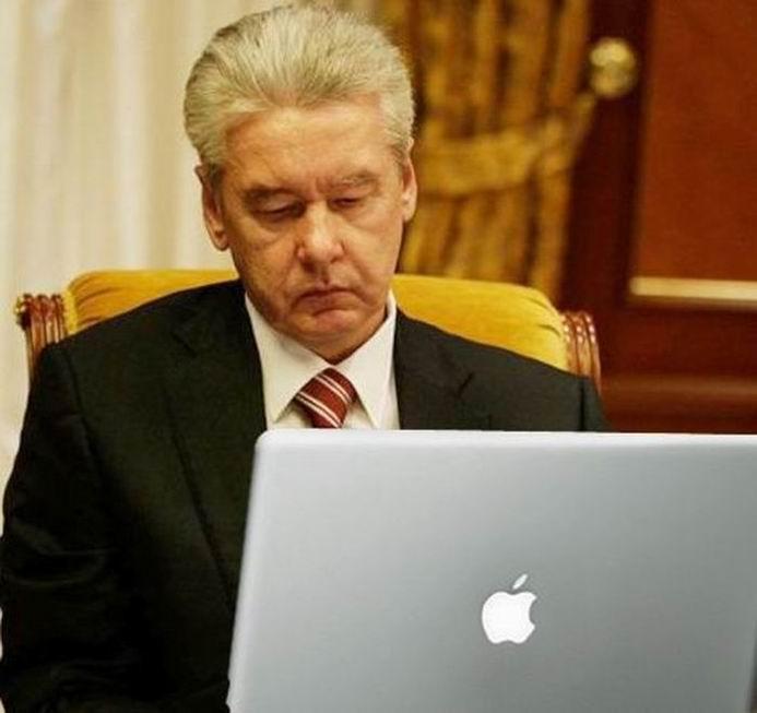 Мэр Москвы решает проблемы пробок (5 фотографий)