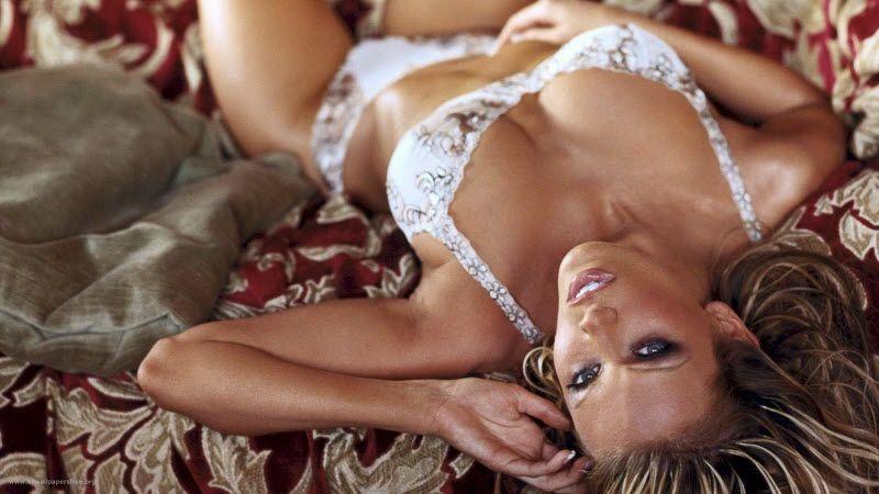 Минздрав рекомендовал любителям секса