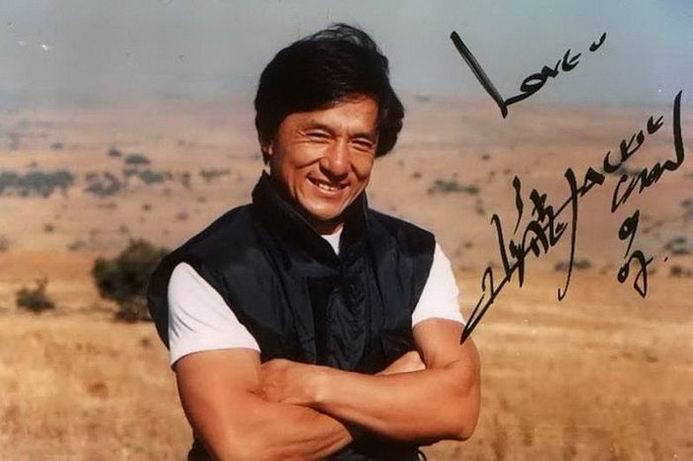 Джеки Чан — один из самых популярных китайских актёров