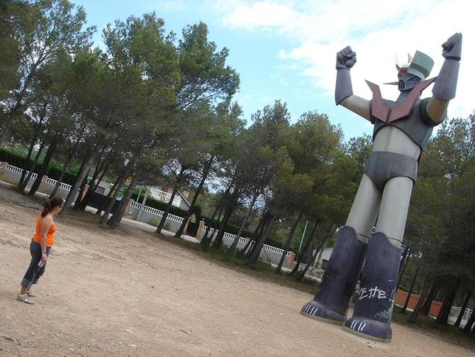 «Мазингер Зет», Мас-дель-Плата, Испания