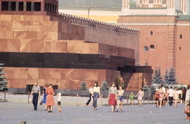 1980 год в СССР глазами иностранцев (58 фото)