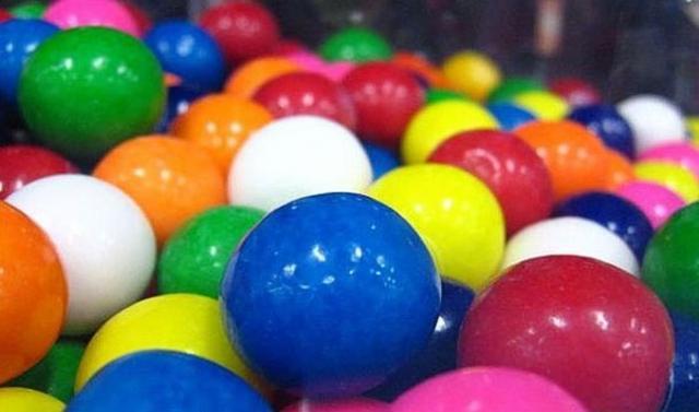 Задача про 12 шаров