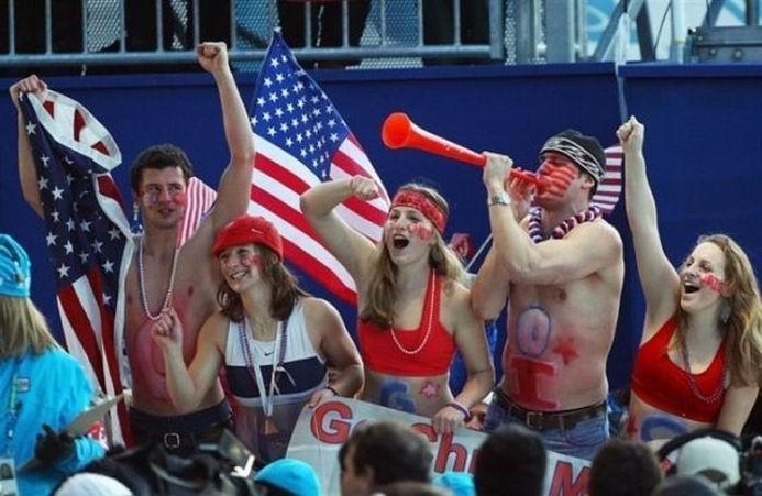 Олимпийские фанаты (37 фотографий)