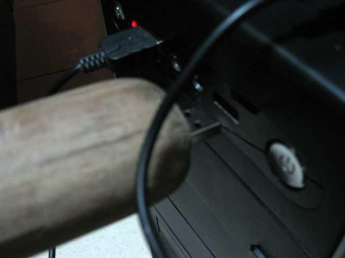 Самый необычный дизайн для самодельной USB-флешки (3 фото)