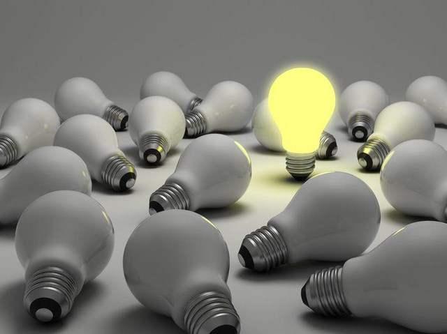 Электрические лампы коптят?