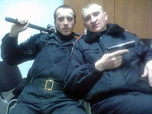 Украинские милиционеры из социальных сетей (31 фото)