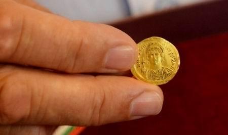Могут ли археологи найти монету