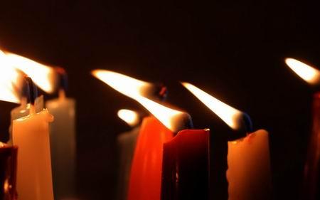 Горело 7 свечей